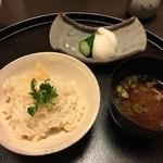 49872721 - 樫原の筍ご飯と赤出汁、香の物