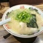 博多荘 - ラーメン600円