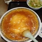 49874661 - 餡がたっぷり、小エビも入った天津飯