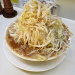 らーめん大 - らーめん野菜増し味濃いめ680円。
