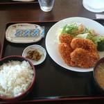 みのり食堂 - 2016年02月13日 12:10訪問 お勧めのヒレカツ定食¥900