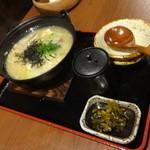 鶏キング - とり雑炊480円(税別)