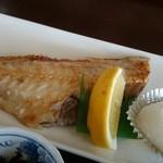 みのり食堂 - 2016年04月09日 11:50訪問 赤魚を塩焼きで
