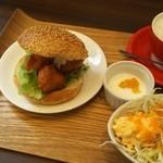 カフェ エスポワール - スイートチリバーガーセット