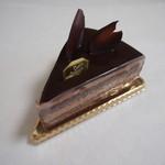 パティスリー フィル - チョコレートケーキ¥390