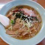 吉田飯店 - ラーメン