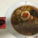 やまき - 料理写真:中華丼は粉末スープ付きです