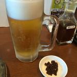 みそかつ 矢場とん - 生ビールと豚の佃煮(だっけ?)