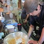 博多あかちょこべ - 厨房