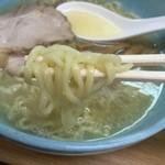 一生懸麺 とっかりⅡ - 塩らーめん(700円)麺リフト