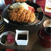 大多喜城ゴルフ倶楽部 - 料理写真:胡麻をすりすり