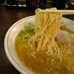 49895816 - 麺アップ
