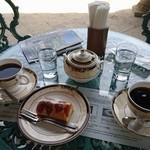 アサヒビール 大山崎山荘 - 2階喫茶室テラス席