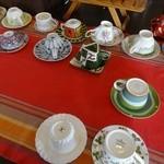ケーキ工房フリアンナカムラ - イートインは好きなカップを選びます♡