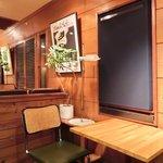 49898945 - 店内のテーブル席の風景です
