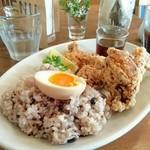 テイストアンドセンス - 若鶏の唐揚げ