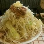 49903357 - 中タローラーメン(野菜少なめ、にんにく少なめ、脂普通)