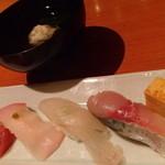 鮨菜旬炉料理 笑和 - 握り寿司4点と椀物