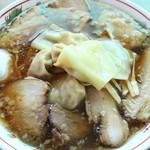 49908603 - チャーシューワンタン麺大盛り