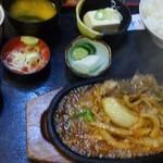 砂場 - 料理写真:しょうが焼き定食