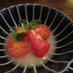 東京チャイニーズ 一凛 - フルーツトマトと苺のライチ漬け2