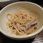 東京チャイニーズ 一凛 - 発酵させた白菜鍋 山椒の香り、もち豚 胡麻ダレで 押し豆腐と6