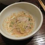 東京チャイニーズ 一凛 - 発酵させた白菜鍋 山椒の香り、もち豚 胡麻ダレで 押し豆腐と5