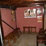 麺屋 蔵人 - 待合いスペース