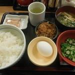 なか卯 - 朝まぜごはん牛小鉢定食 ¥350-