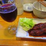 一番鳥 - 最強のコンビその2、味噌串かつと赤ワイン
