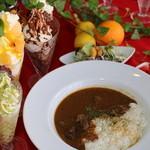 curry cafe SABURO - パフェランチ♪(カレー、サラダ付き)パフェは3種類の中からお選びください