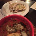 ウノスケ - アヒージョと焼牡蠣