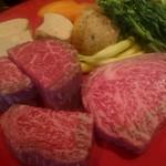 ミディアム・レア  - 料理写真:ロース&フィレ肉