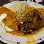 レストラン・マルマン - 日替わりのライトランチ税込600円 この日は白身魚フライと焼肉。