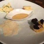 ワイン屋バール - チーズ