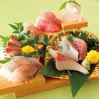 池田屋名物!大階段5点盛!そのほか地元創作京料理や鮮魚刺身も