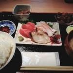 十文字御休處 一盃森 - 料理写真:刺身定食950円◎