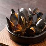 スペインバルエルソル - ムール貝の白ワイン蒸し