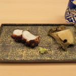 49946831 - タコの桜煮、鮑