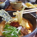 衣笠 ぜん - 暖かい麺はやや軟麺