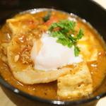炭焼バル SACHI - 鶏白湯ニク豆腐