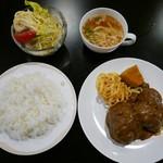 手作り洋食の店 ぱ・らんて - 日替わり(カレー煮込みハンバーグ)850円
