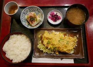 喫茶 軽飲食 清史 - 日替わり(カツ玉)670円