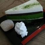 持寺珈琲 - 400円プラスでケーキセットにできます。