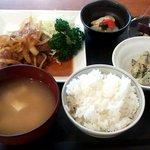 iNAho - 本日のiNAhoランチ・マンガリッツァ豚しょうが焼き(100g)