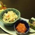 季節料理 ととや - 料理写真:\3500のコースです         魚のフライ・春雨サラダ・海鮮キムチ・ほうれん草の煮浸し