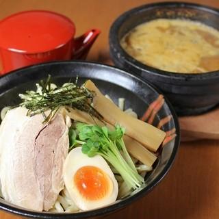 ■石焼き濃厚つけ麺