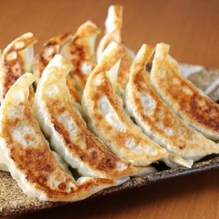 ■手作りジャンボ餃子