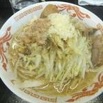 自家製太麺 ドカ盛 マッチョ - ラーメン700円麺315g&ニンニク背脂魚粉(2016.4.8)
