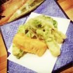 ごきげんさん - 山菜の天ぷら盛り合わせ